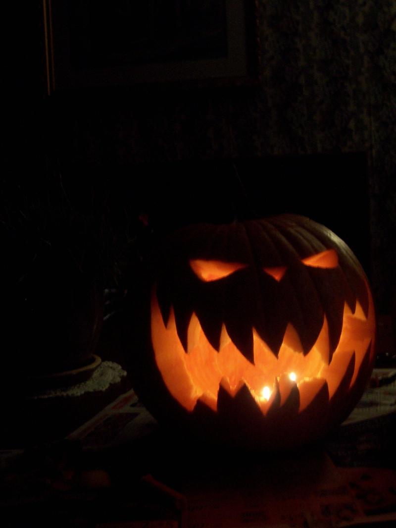 Pumpkin Carving Ideas for Halloween 2018: More Pumpkins