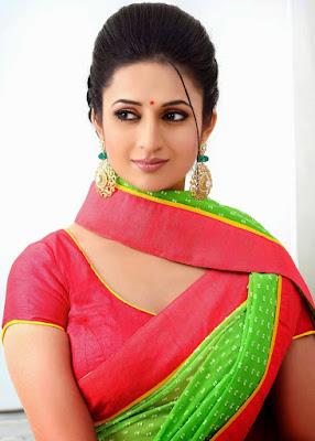 Biodata Divyanka Tripathi pemeran DR. Ishita