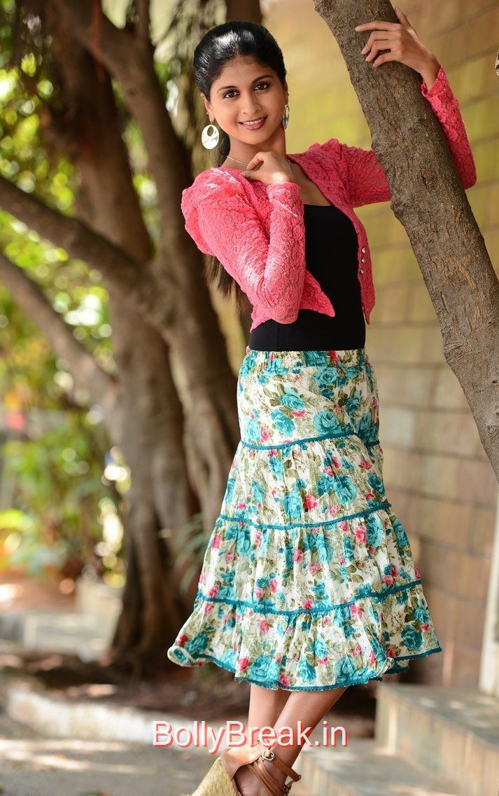 High Quality Naveena Pics, Actress Naveena Latest Stills