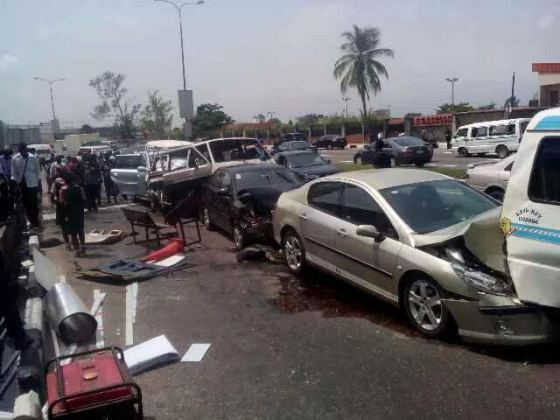Photos: Multiple accident on Ozumba Mbadiwe Road