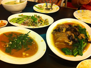 Dinner at Momaloi  Restaurant in Loei - Thailand