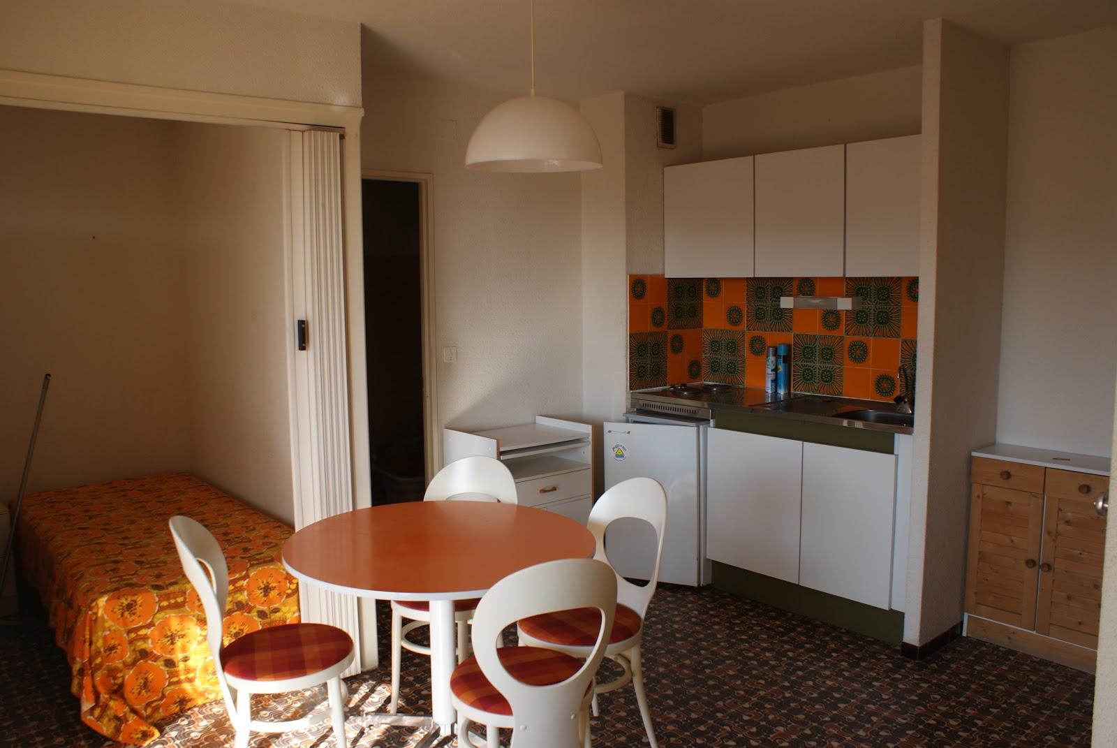 relooking appartement avant int dsgn. Black Bedroom Furniture Sets. Home Design Ideas