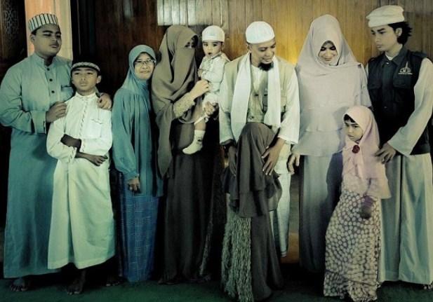 Saksikan Ini pada Kedua Istri Ustadz Muhammad Arifin Ilham, Dokterpun Dibuat Kagum