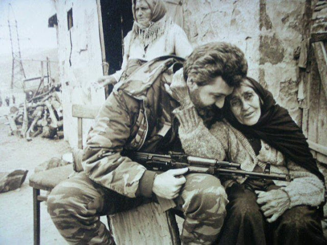 Héroe de la guerra de Artsaj Sarkis Hatsbanian muere en Francia