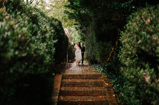 Atlanta florist, Atlanta wedding, Bloomin' Bouquets, florist, wedding, wedding flowers, Brumby Hall and Gardens, outdoor wedding, October Wedding,