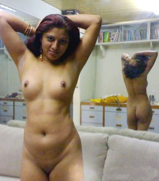 Indian Naked Mallu Bhabhi Ki Nangi Naked Photo
