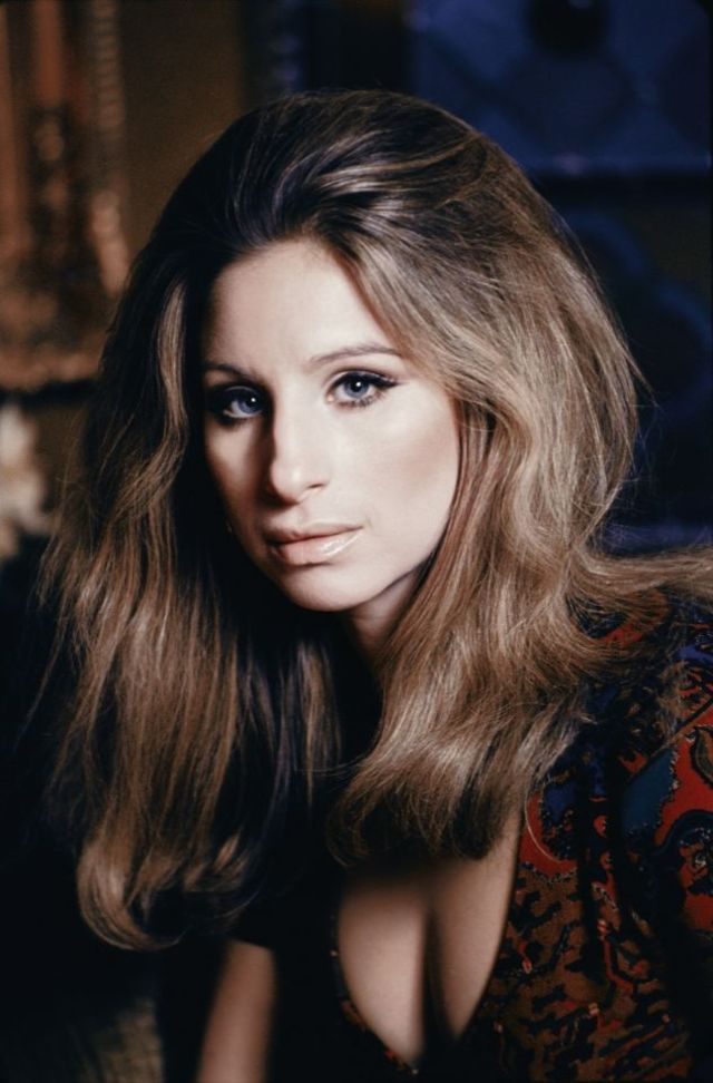 40 Beautiful Color Photos Of A Young Barbra Streisand In