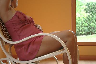 mujer embarazada engañó a su esposo