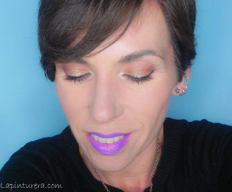 Maquillajes de fiesta con un toque diferente (III): Labial violeta y ...