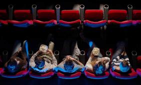 bahagia nonton film kesayangan di bioskop bersama traveloka nurul sufitri
