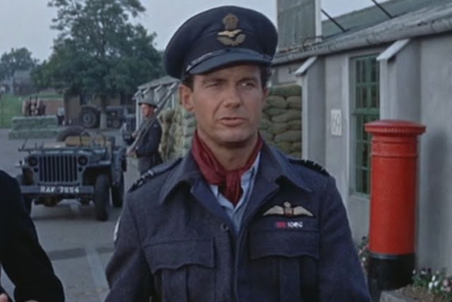 Cliff Robertson in RAF uniform in 633 Squadron