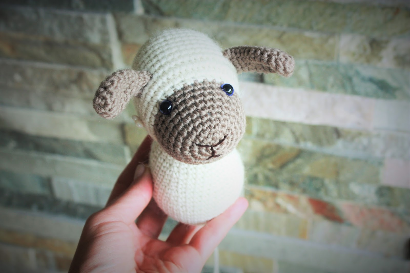 Mario Amigurumi Free Pattern : HAPPYAMIGURUMI: Amigurumi Sheep Pattern in process