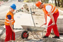 ciclo de fabricação (0,30m³), transporte e entrega do concreto estrutural na 5ª laje tipo de uma edificação.