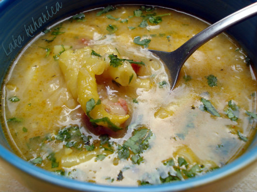 Rustic soup with yellow string beans and sausage by Laka kuharica: tasty and nourishing.