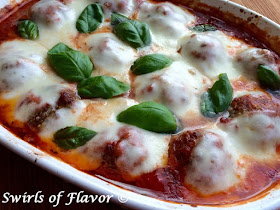 35+ Must Have Meatball Recipes...every meatball under the sun!  From traditional meatballs in red sauce to chicken variations slathered in buffalo sauce to veggie loaded turkey meatballs.  You will definitely find a meatball you want to try! (sweetandsavoryfood.com)