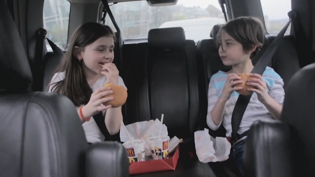 Un creativo ejemplo de packaging sustentable con la BagTray McDonalds