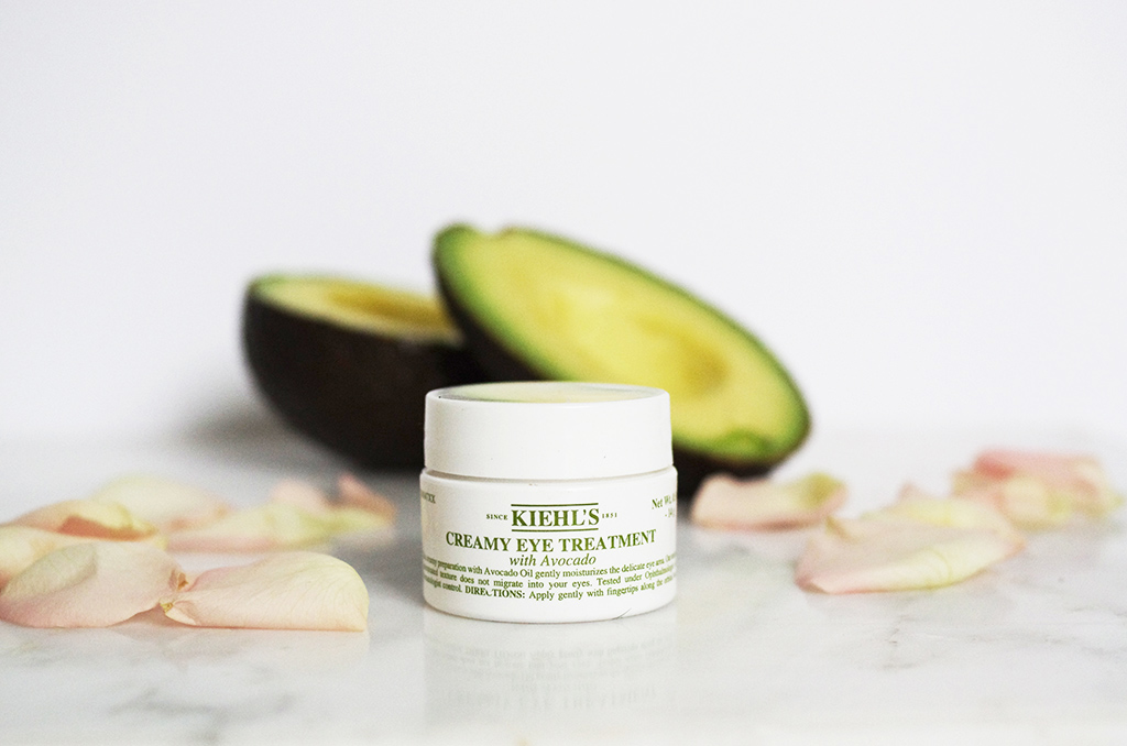 Elizabeth l Kiehl's creamy eye treatment with avocado l skincare treatment l THEDEETSONE l http://thedeetsone.blogspot.fr