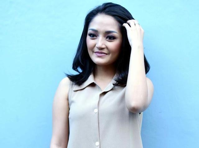 Makin Cantik, Siti Badriah Merasa Seperti Emak-emak