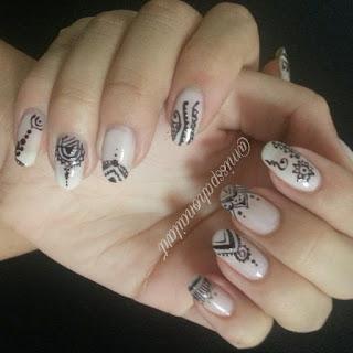 nail-art-henna-boho