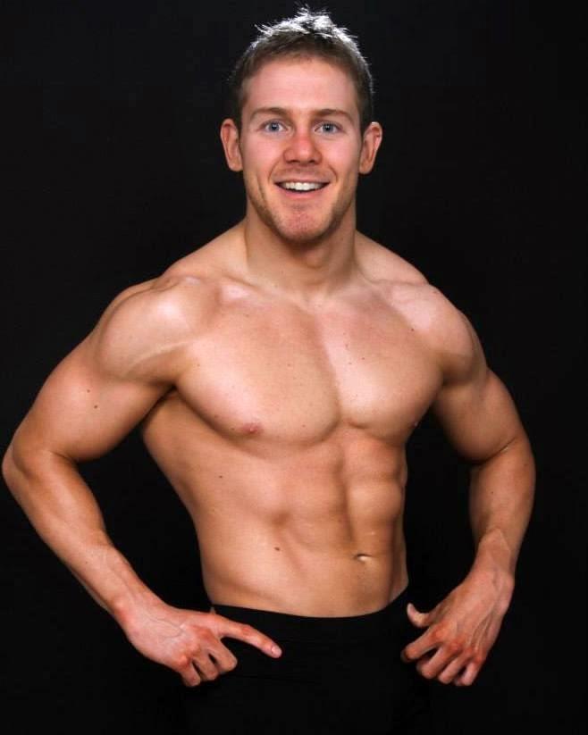 Sexy Bodybuilder Wrestler 69