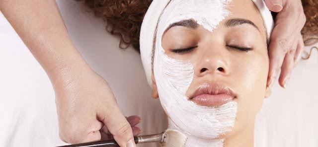 Cara Perawatan Wajah Alami Tapi Hasilnya Tidak Kalah dengan Salon Mahal