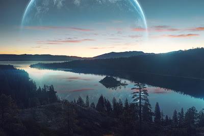 Hermoso lago reflejando en el cielo la tierra