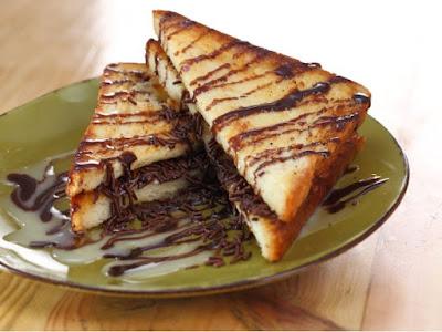 roti bakar coklat - resep roti bakar sederhana