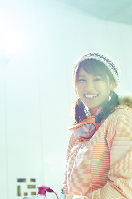 Hisamatsu Ikumi 久松郁実 SNOW ROMANCE Images 10