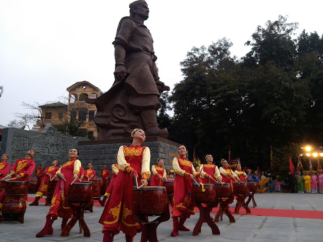 Attractive traditional festivals in lunar January in Vietnam 5