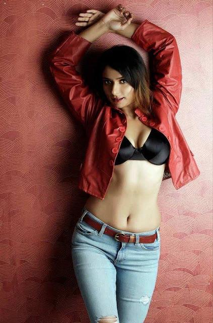 Tanvi Jahan bikini
