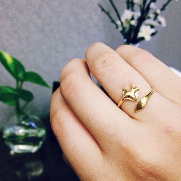 Adorable gold fox ring
