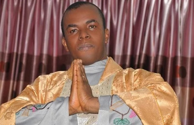 Dynasty News Reporter: 2019: Fr  Mbaka predicts winner of