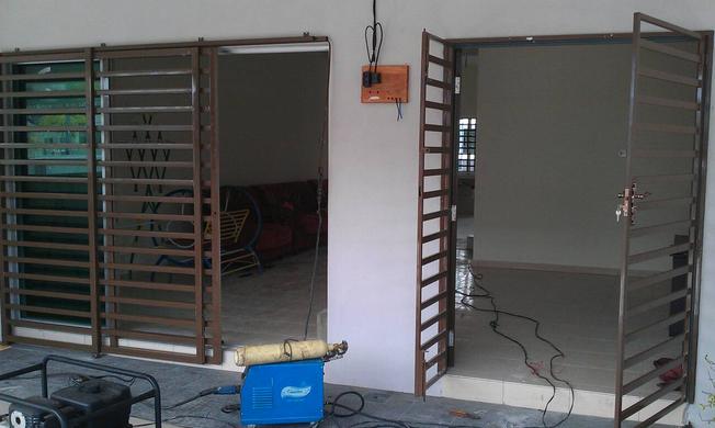 Model  Pintu  Dan Teralis Rumah Minimalis Informasi Auto