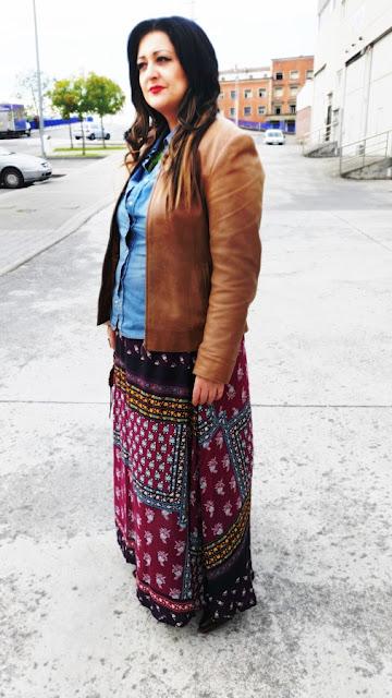 Look maxi falda étnica