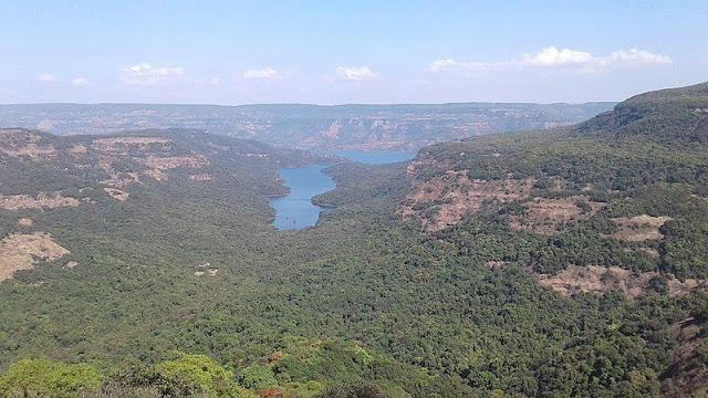 View_of_koyna_river