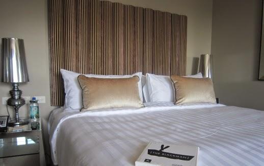 オーストラリア メルボルンで泊まった人気ホテルの客室で撮ったベッドルームの写真