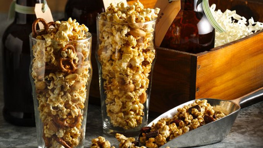peanuts popcorn tossed diy wedding favors