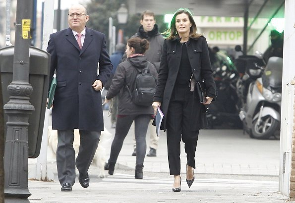 Queen Letizia wore Hugo Boss Keili Collarless Tweed Jacket, and Queen Letizia carried Hugo Boss fanila clutch