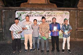 Gubernur Launching Buku Sejarah Perjalanan HMI di NTB