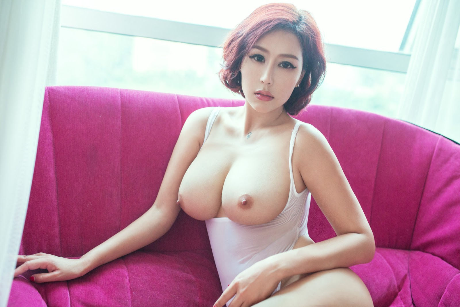 chen-hot-nude-hot-girl-with-bare-pussy
