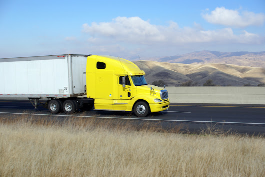 Driving Defensively Around Tractor-Trailers