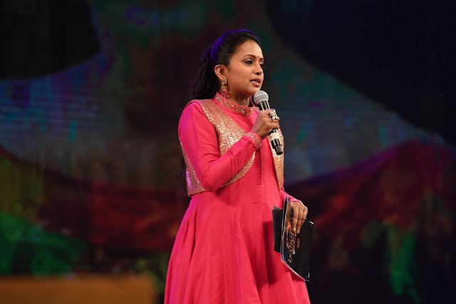 Anchor suma at Baahubali 2 Pre Release Event