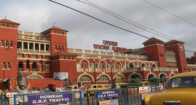 railaway station in kolkata