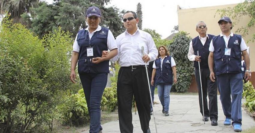 ONPE y Conadis coordinan facilidades para el sufragio de personas con discapacidad