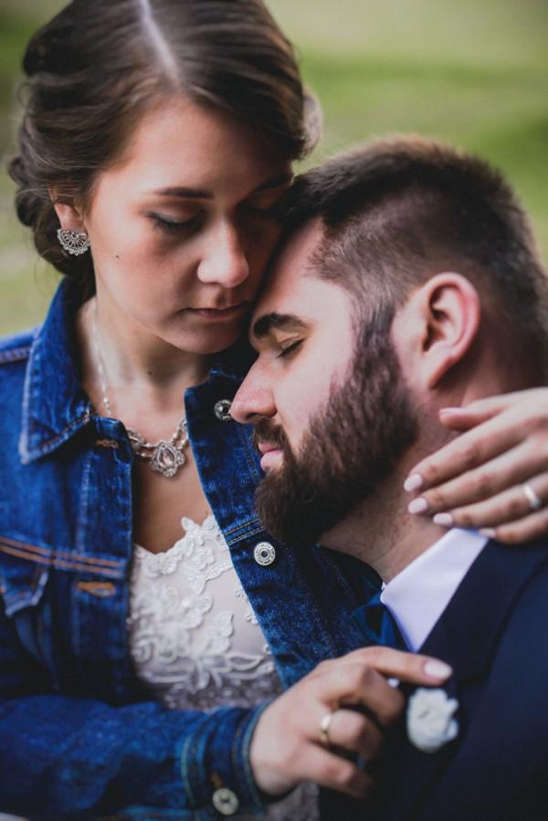 Koronkowa biżuteria ślubna na indywidualne zamówienie