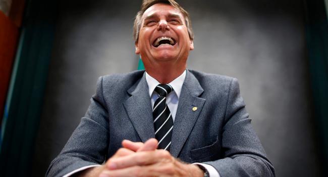 Resultado de imagem para bolsonaro risada