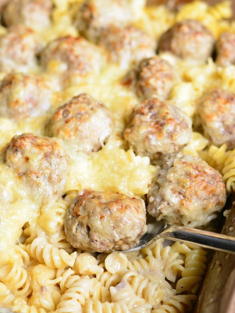 SWEDISH MEATBALLS PASTA CASSEROLE #weekwndrecipes