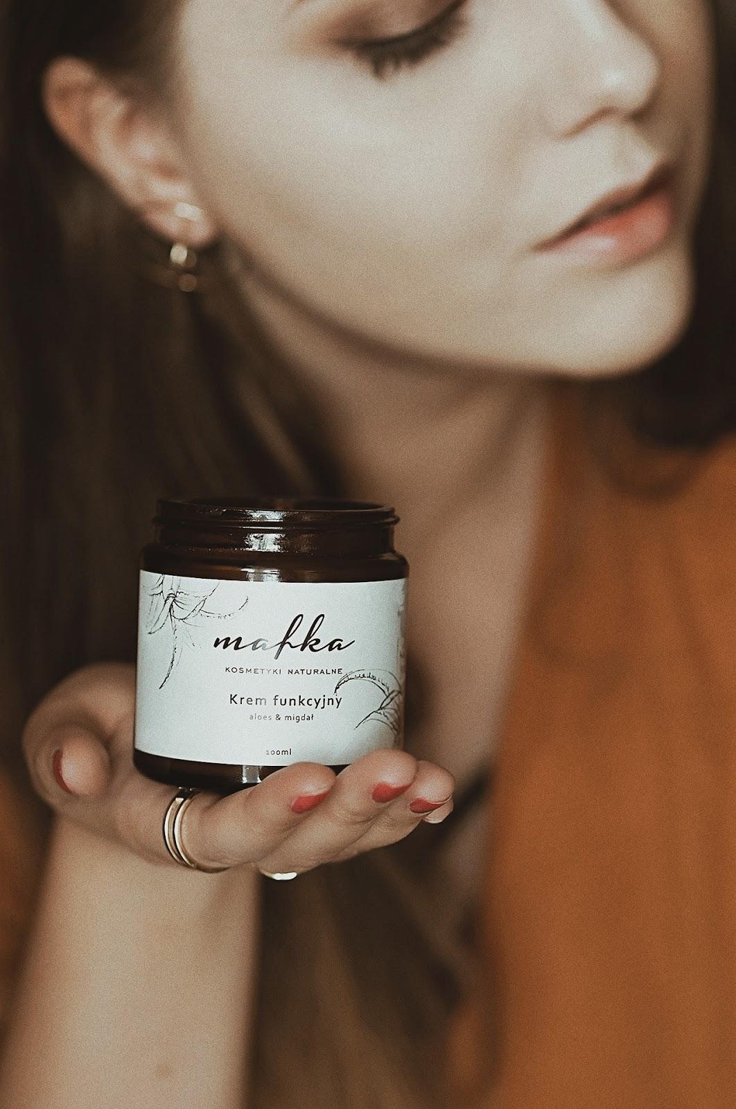 Naturalne kosmetyki z Polski, polskie marki, blog urodowy najlepsze blogi