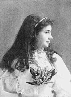 Helen Keller, Inspirasi Dunia Menulis (Para Blogger Harus Meniru Kegigihannya)