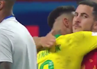Pelukan Eden Hazard untuk Neymar Tuai Pujian